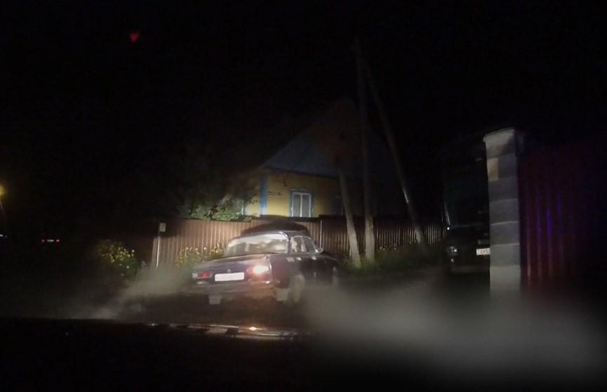 Ча-ча-ча от Москвича. Ночная погоня за раритетным автомобилем (ВИДЕО)
