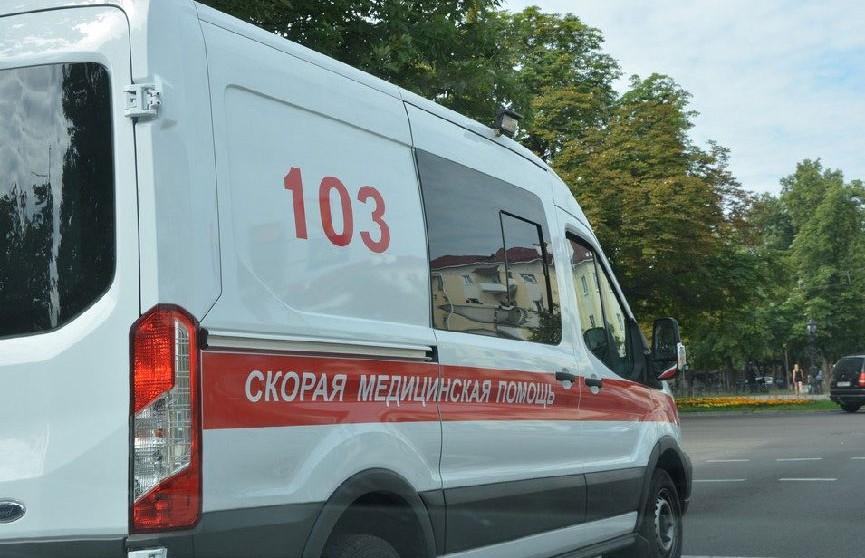 Мужчина, упавший на рельсы на «Петровщине», скончался в больнице