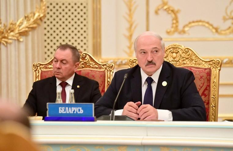 Лукашенко: Европа пытается переложить ответственность проблемы с мигрантами на страны транзита, в том числе на Беларусь