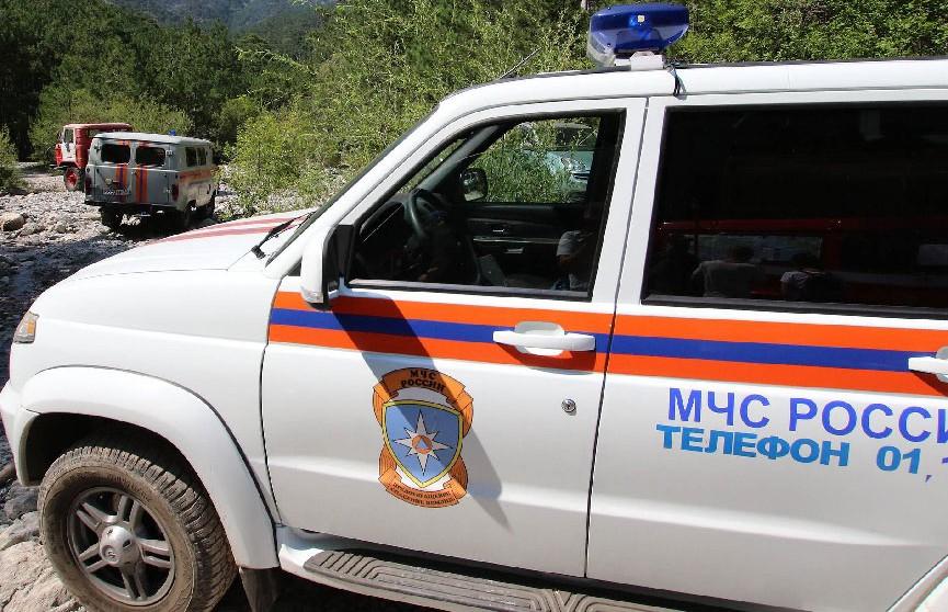 Сгоревший вертолёт с человеческими останками нашли в России