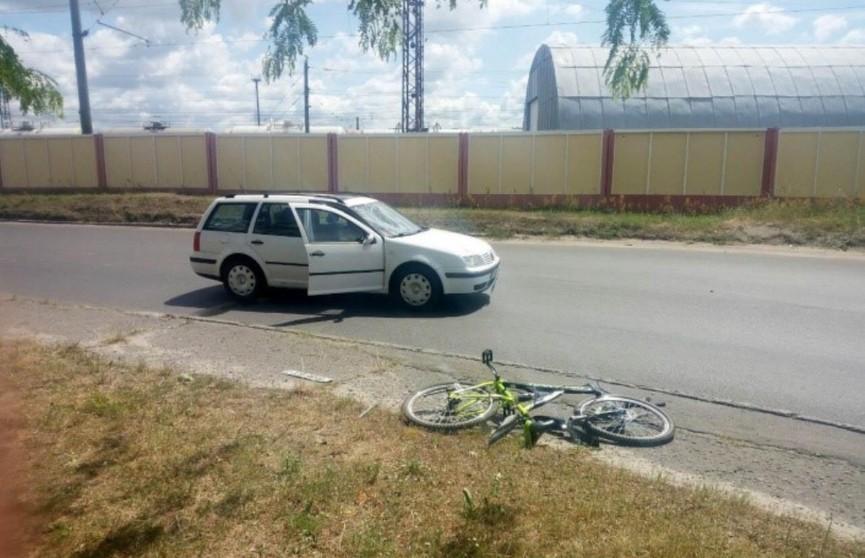 «Фольксваген» сбил на переходе 14-летнего велосипедиста в Бресте