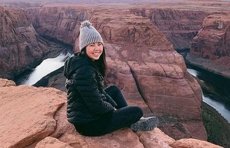 Тревел-блогер погибла в Канаде: она потерялась в горах и замерзла