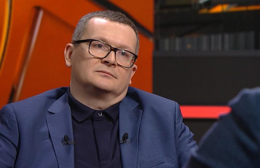 Политолог Юрий Воскресенский: изменения в государстве нужно проводить через Конституцию, а не революцию