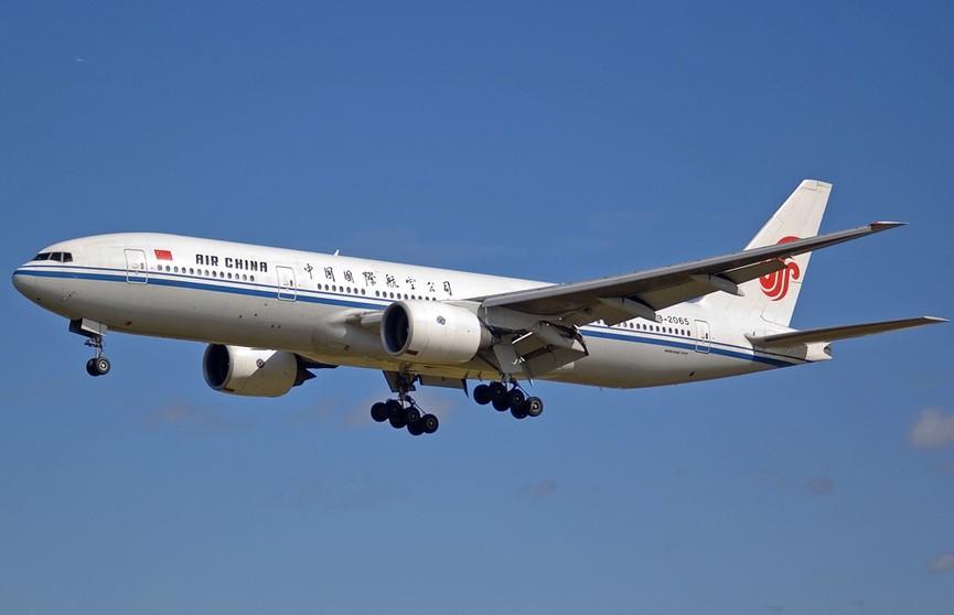 Самолет Air China вернулся в Вашингтон после вылета в Пекин из-за возгорания на борту