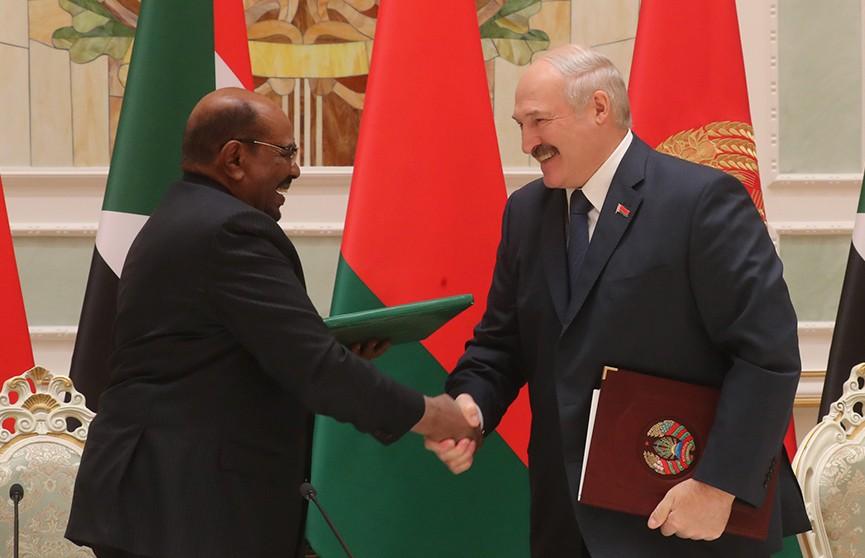 От золотодобычи до машиностроения и образования: какие проекты Беларусь намерена реализовать с Суданом