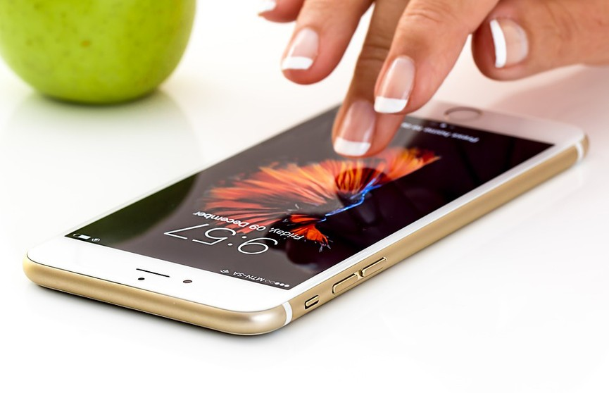 Смартфоны можно будет заряжать от человеческого тела