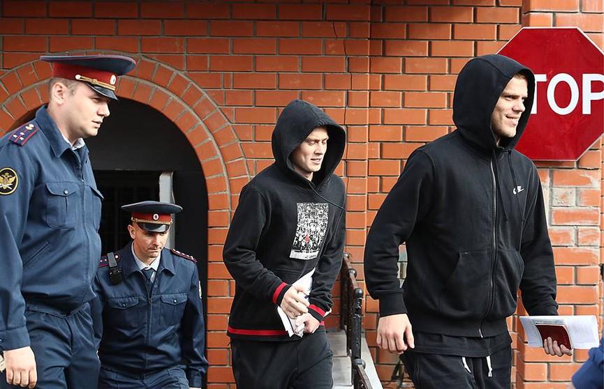 Кокорина и Мамаева досрочно выпустили из колонии