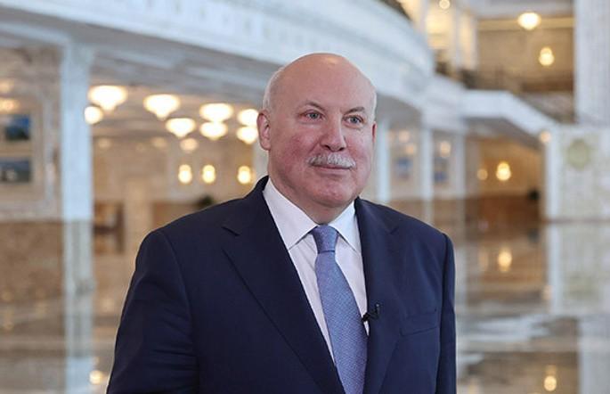 Александр Лукашенко поздравил Дмитрия Мезенцева с днем рождения
