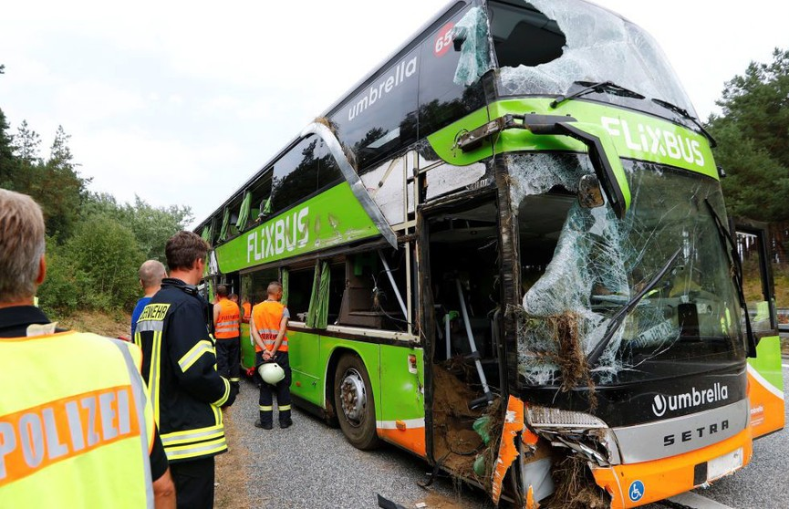 Десятки детей пострадали в ДТП с автобусом в Германии