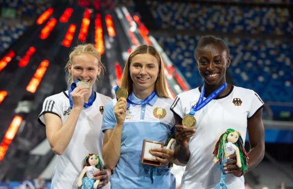 Универсиада-2019: белоруска Кристина Тимановская завоевала золото в беге на 200 м