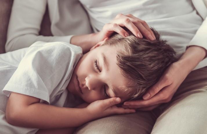 Подросток оказался прикован к постели из-за вросшего волоса