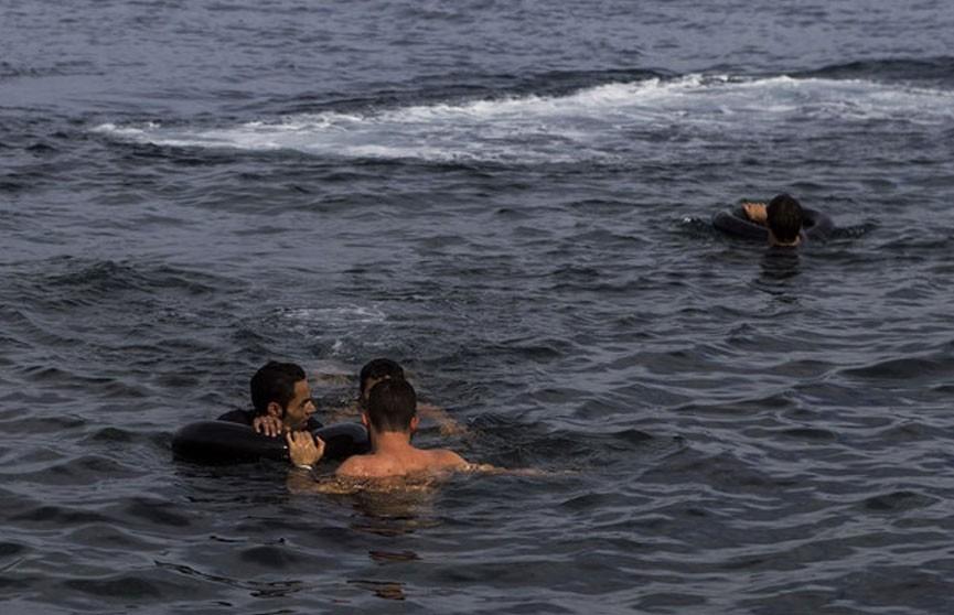 Судно с мигрантами затонуло у побережья Кипра