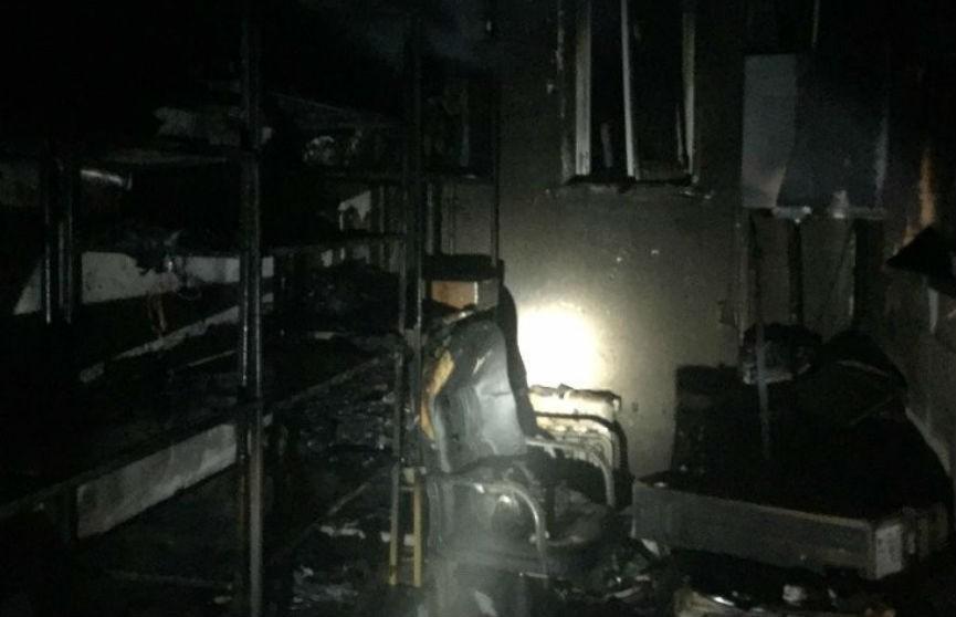 Пожар случился в торговом центре в Молодечно