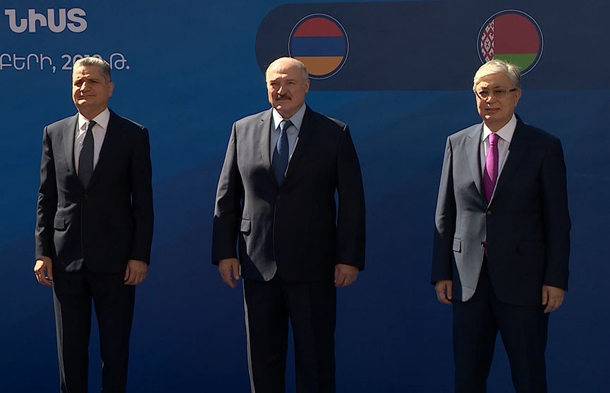 Устранение барьеров и пересмотр таможенных пошлин: Лукашенко представил инициативы Минска на саммите ЕАЭС в Ереване