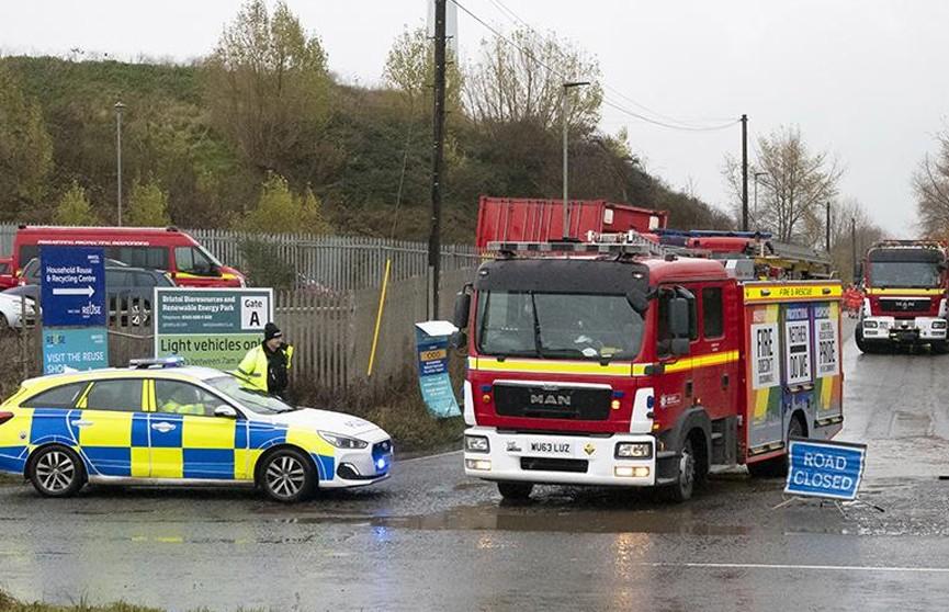 Четыре человека погибли при взрыве в пригороде английского Бристоля