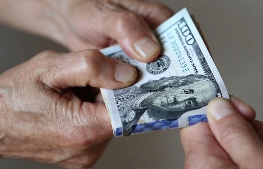 Студент из Гродно выманил у иностранца $270 на «трудоустройство за границей»