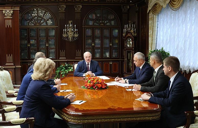 Кадровый день во Дворце Независимости: какие задачи поставлены перед новыми руководителями? Все подробности