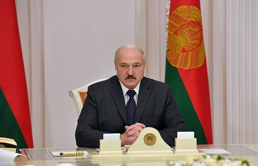 Лукашенко: увольнение людей – неприемлемо. Итоги совещания о мерах социальной поддержки