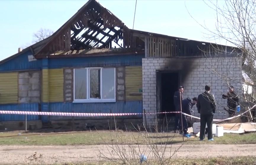 Пожар в Черикове: женщину зарезали, а огнём пытались замести следы