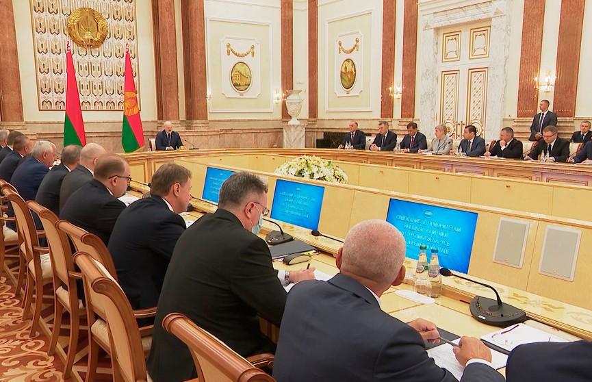 Приезд послов в Минск: какие задачи поставил перед ними Лукашенко, а также о миссии дипломатов в современных условиях