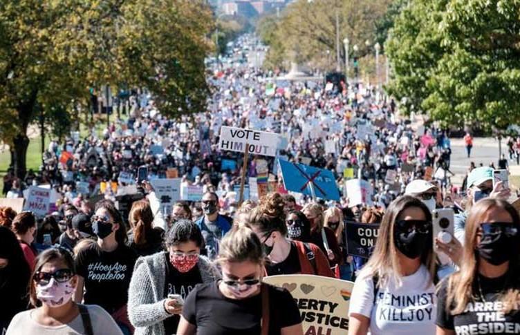 Протесты против Трампа в США: на улицы вышли более 100 тыс. человек