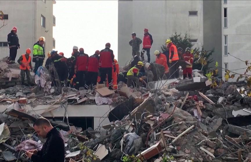 Количество жертв землетрясения в Албании возросло до 50 человек