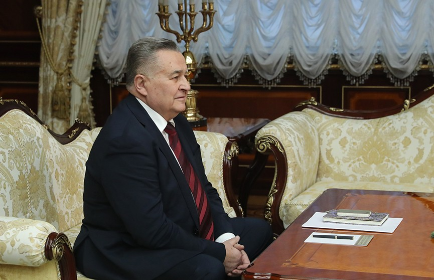 Президент провёл встречу с представителем Украины в трёхсторонней контактной группе Евгением Марчуком