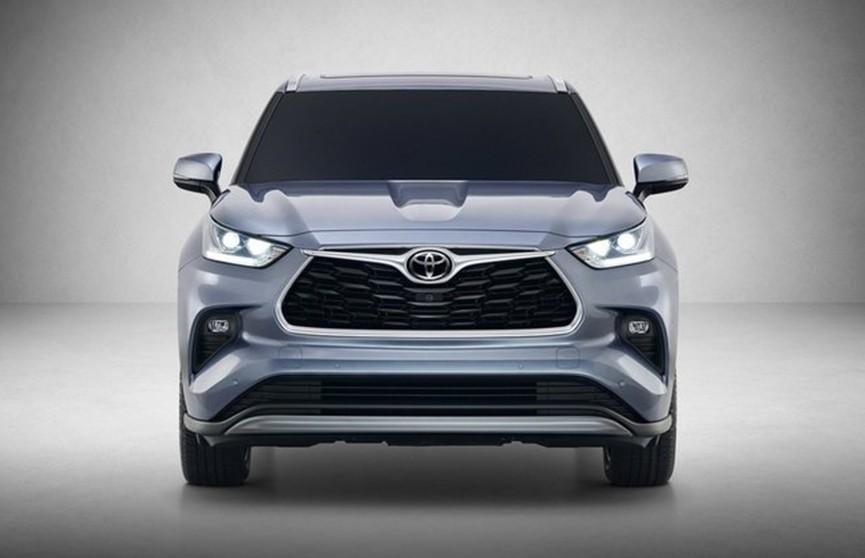 Новый кроссовер Toyota представили в США