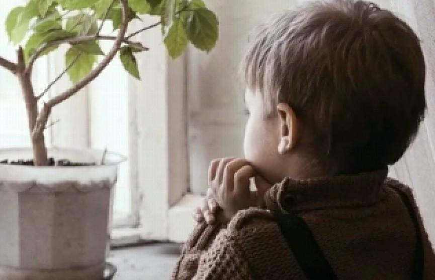 Два дня с мёртвым отцом провёл двухлетний мальчик