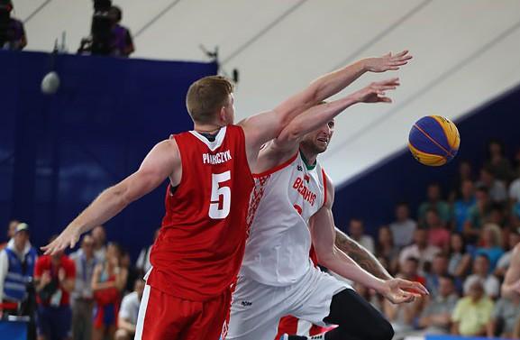 Ещё одна бронза в баскетболе: мужская сборная Беларуси переиграла команду Польши