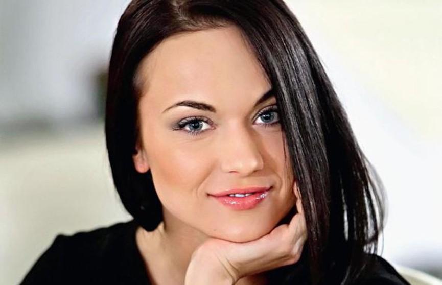 «Роскошная Маша»: звезда сериала «Маргоша» показала стройную фигуру в купальнике