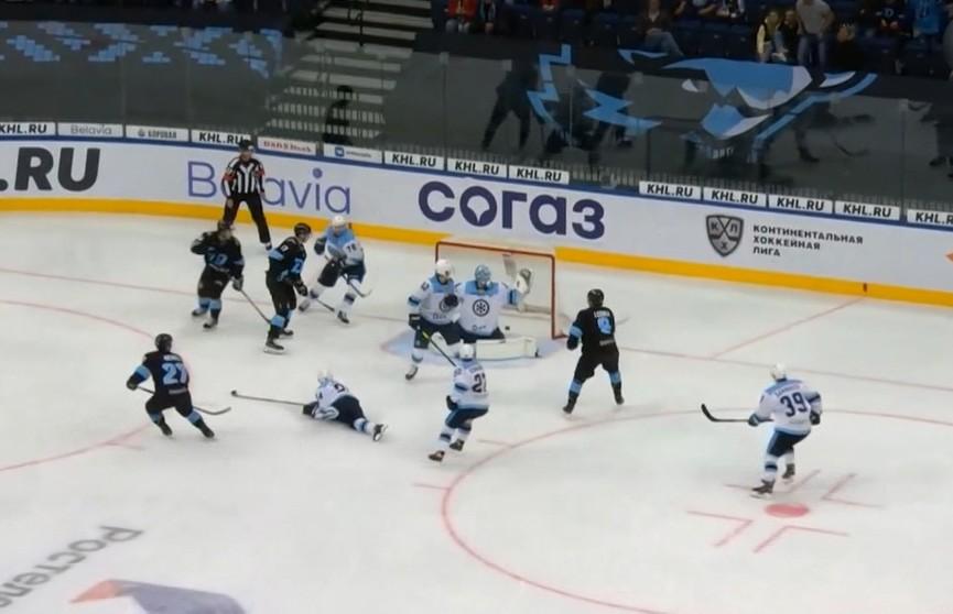 Игрок минского «Динамо» Бреннан Менелл признан лучшим защитником недели в КХЛ