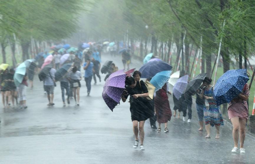 Более 1 млн человек эвакуированы в Китае из-за тайфуна