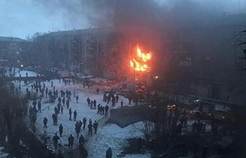 Взрыв газа в жилом доме в Магнитогорске: есть погибшие