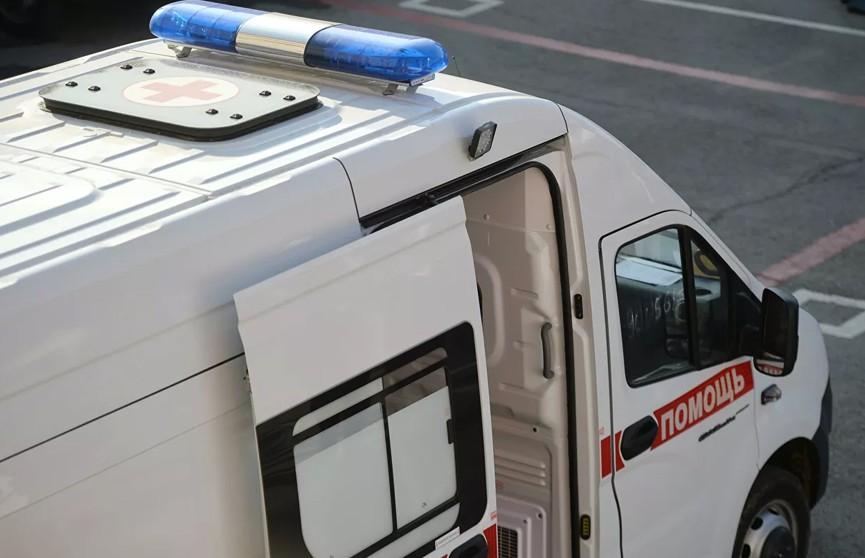Ребенок выпал из окна школы в Петербурге