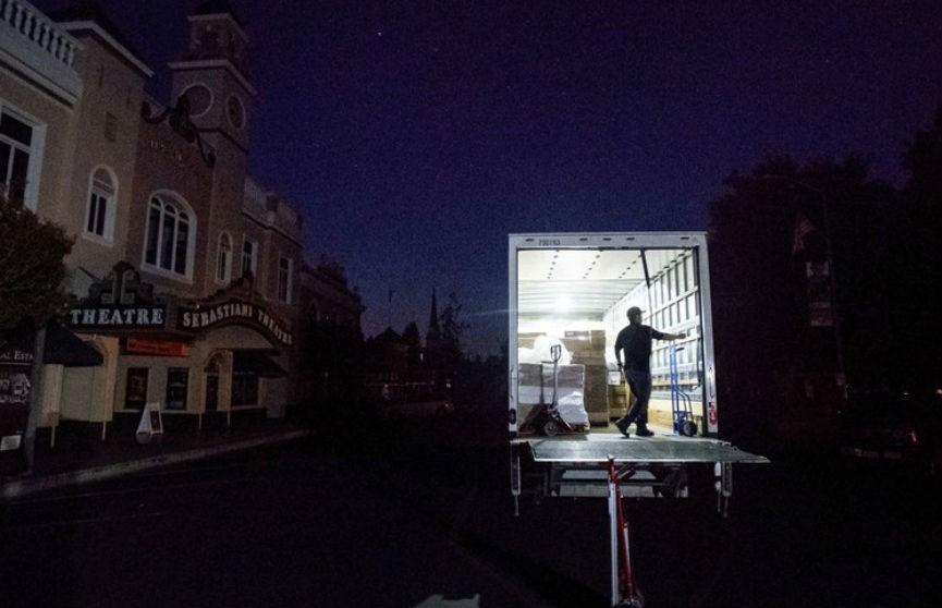 В США более 26 тыс. человек отключили от электричества