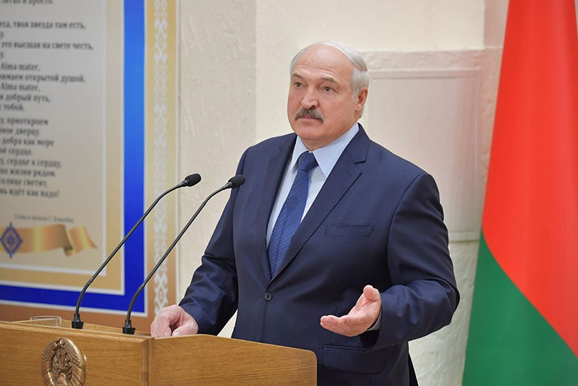 Лукашенко пообещал персональную амнистию осужденным по 328-й статье