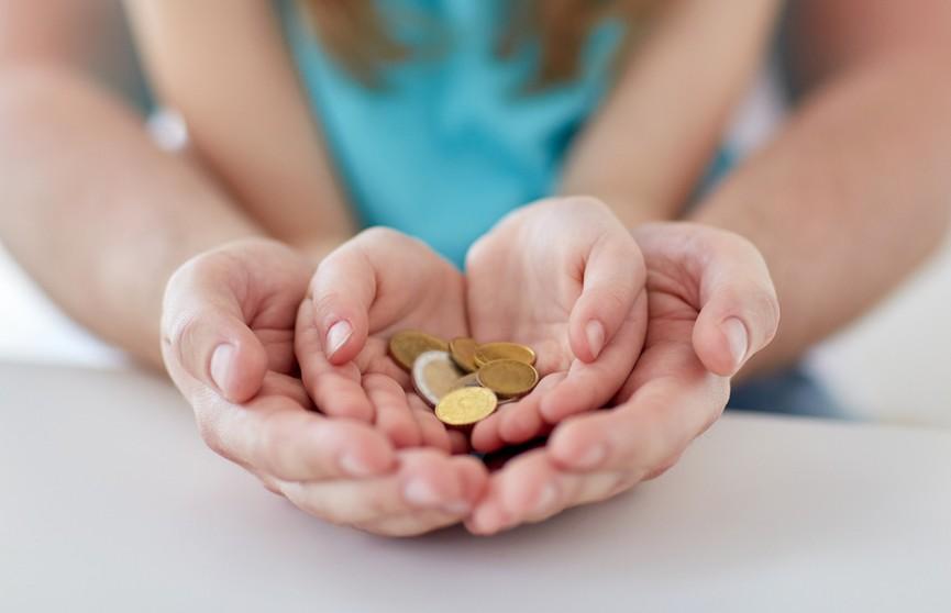 Как не вырастить из ребенка транжиру и сформировать у него полезные финансовые привычки? Психолог дал эффективные советы
