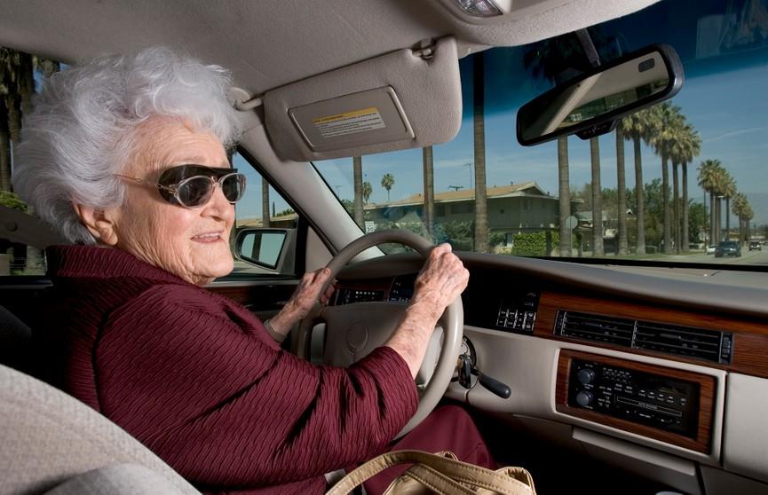 Итальянка 50 лет водила машину без водительских прав