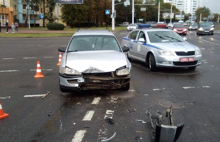 Авария с участием мотоциклиста произошла на ул. Матусевича в Минске