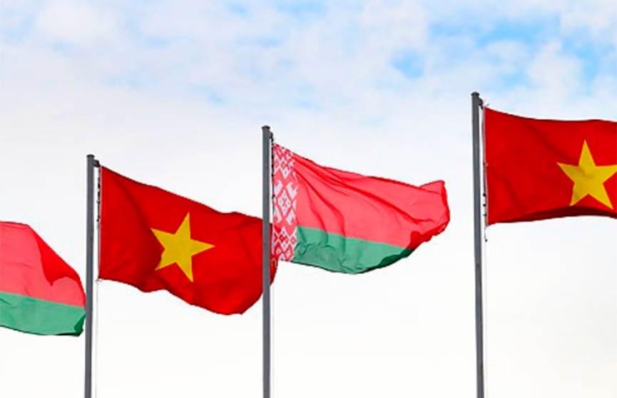 Президент Беларуси поздравил руководство Вьетнама с Днём Независимости