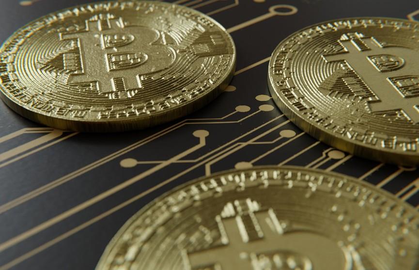 Ни денег, ни биткоинов: учительница из Ивацевичского района пыталась купить криптовалюту, но не смогла