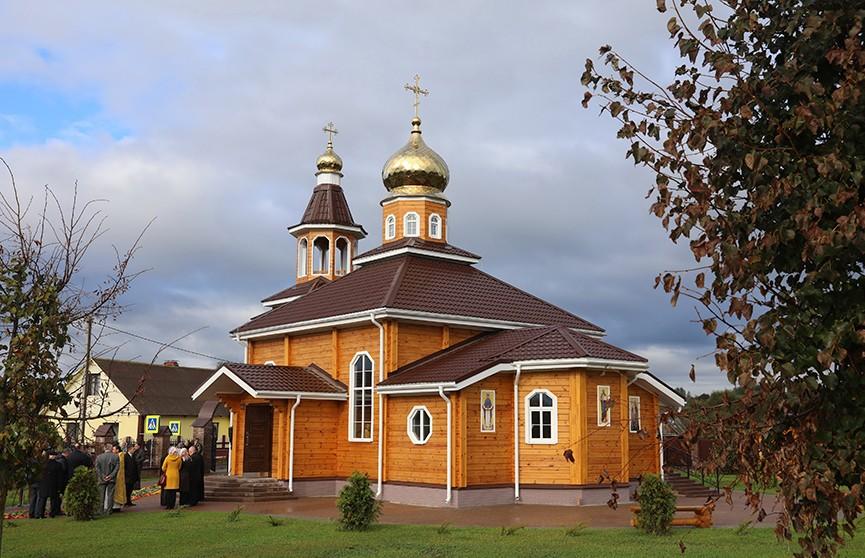 Храм Преображения Господня открыли и освятили в Копыси