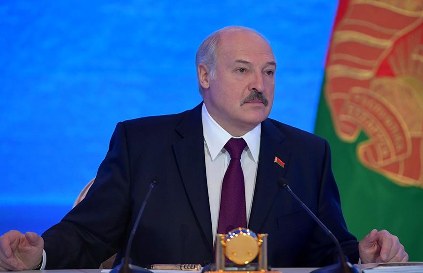 Лукашенко о спорте: «У нас бардака в хоккее хватает. Дружка, сынка взять… Такого быть не должно!»