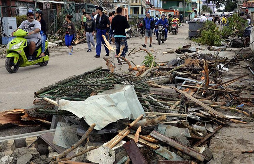Количество жертв торнадо на Кубе увеличилось
