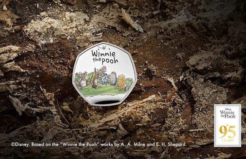 В Британии выпустили коллекционную монету с Винни-Пухом