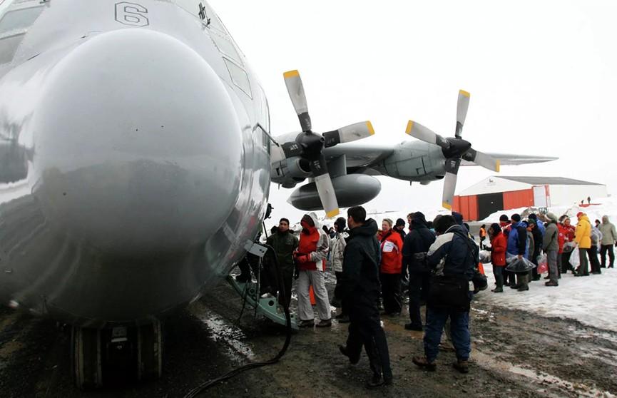 Самолет ВВС Чили потерпел крушение по пути в Антарктику