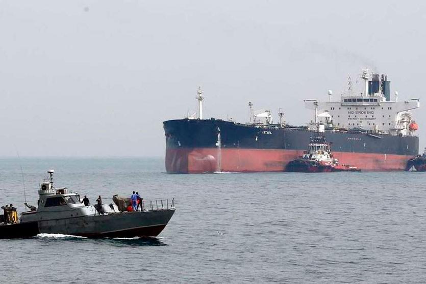 Иран задержал в Персидском заливе принадлежавший ОАЭ топливный танкер