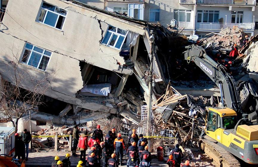 Число жертв землетрясения в Турции возросло до 29 человек