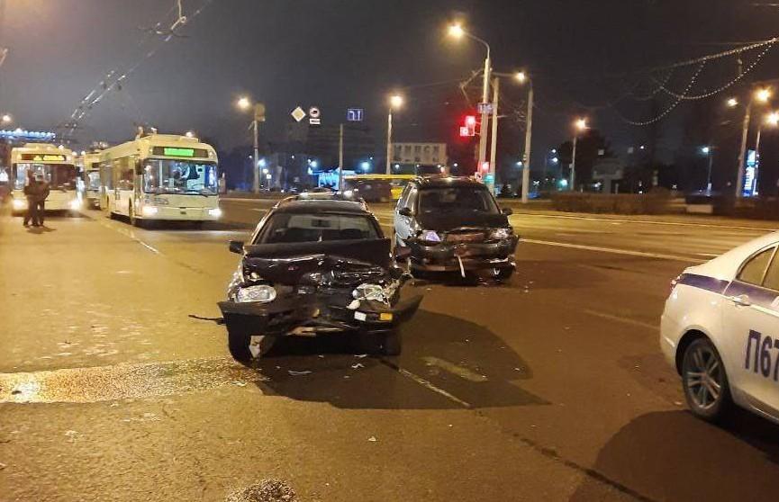 В Минске столкнулись два авто – пьяный виновник скрылся с места ДТП